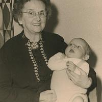 Moeke en Erik, augustus 1959